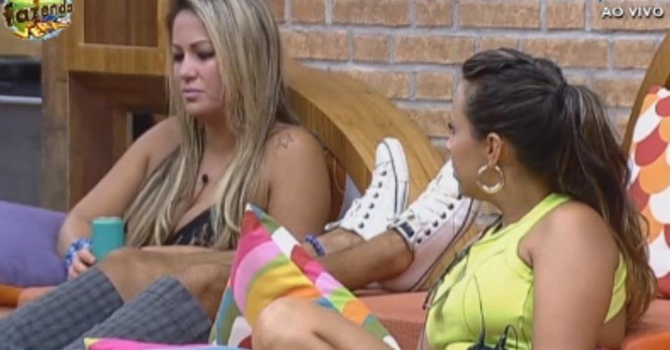 Peões comentam sobre ex-participantes da