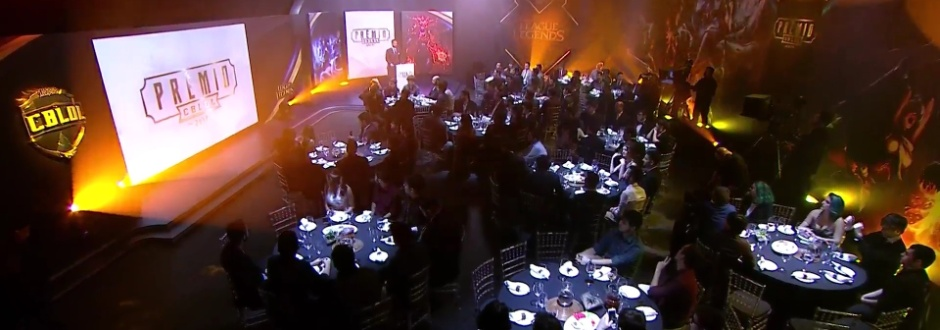 Confira os vencedores do Prêmio CBLOL 2017!