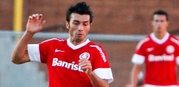 Diretor do Flamengo nega interesse em Dátolo e promete reforços para esta semana