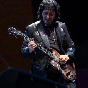 Tony Iommi toca com o Black Sabbath no festival Lollapalooza (3/8/12)