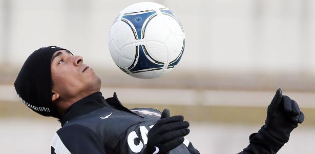Empresário confirma contato do Fla por Jorge Henrique e passa caso ao Corinthians
