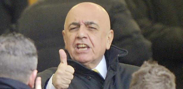 Cria de Berlusconi, cartola do Milan ostenta currículo de beldades e escândalos