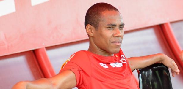 Dorival testa Flamengo com Elias e barra Ramon para entrada de outro reforço