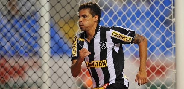 Bolívar diz ter fórmula para anular Rafinha e prevê dificuldades contra o Flamengo