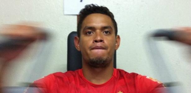 C. Eduardo faz 1º treino em academia do CT do Fla, mas não tem previsão de estreia