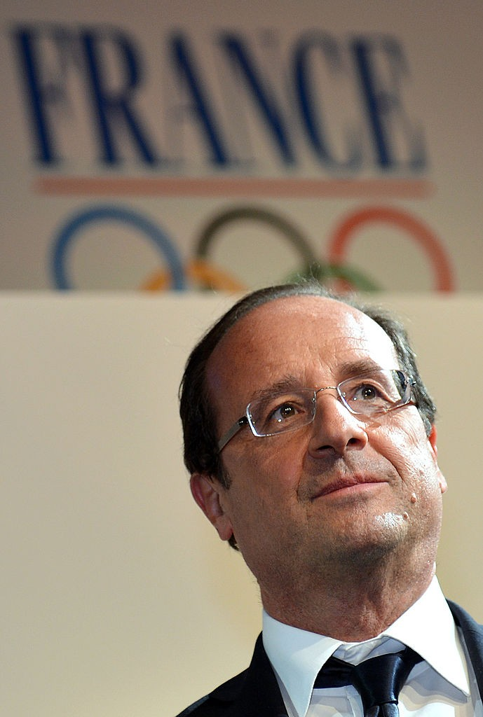 LONDON - JULY 30:  French President Francois Hollande arrives at the 'Club France' on Day 3 of the London 2012 Olympic Games, July 30, 2012 in London, England. (Photo by Gabriel Bouys - IOPP Pool/Getty Images)