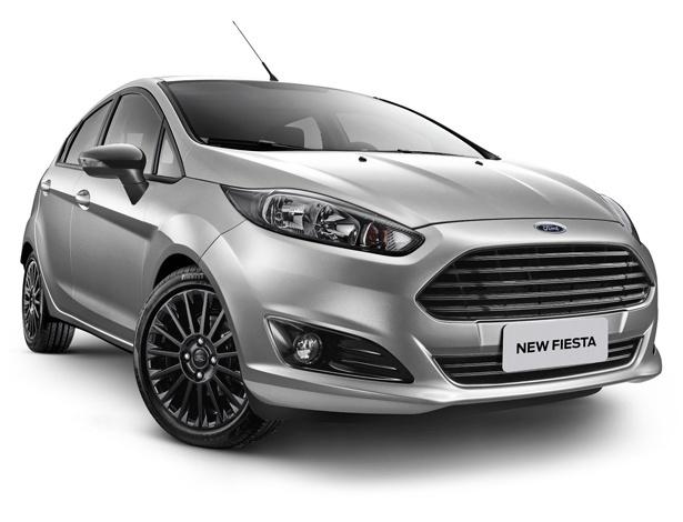 Ford Fiesta 2017 oferece pacote