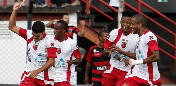 Flamengo de Guarulhos venceu o Palmeiras por 4 a 3, tirou o alviverde da Copinha e avançou às oitavas