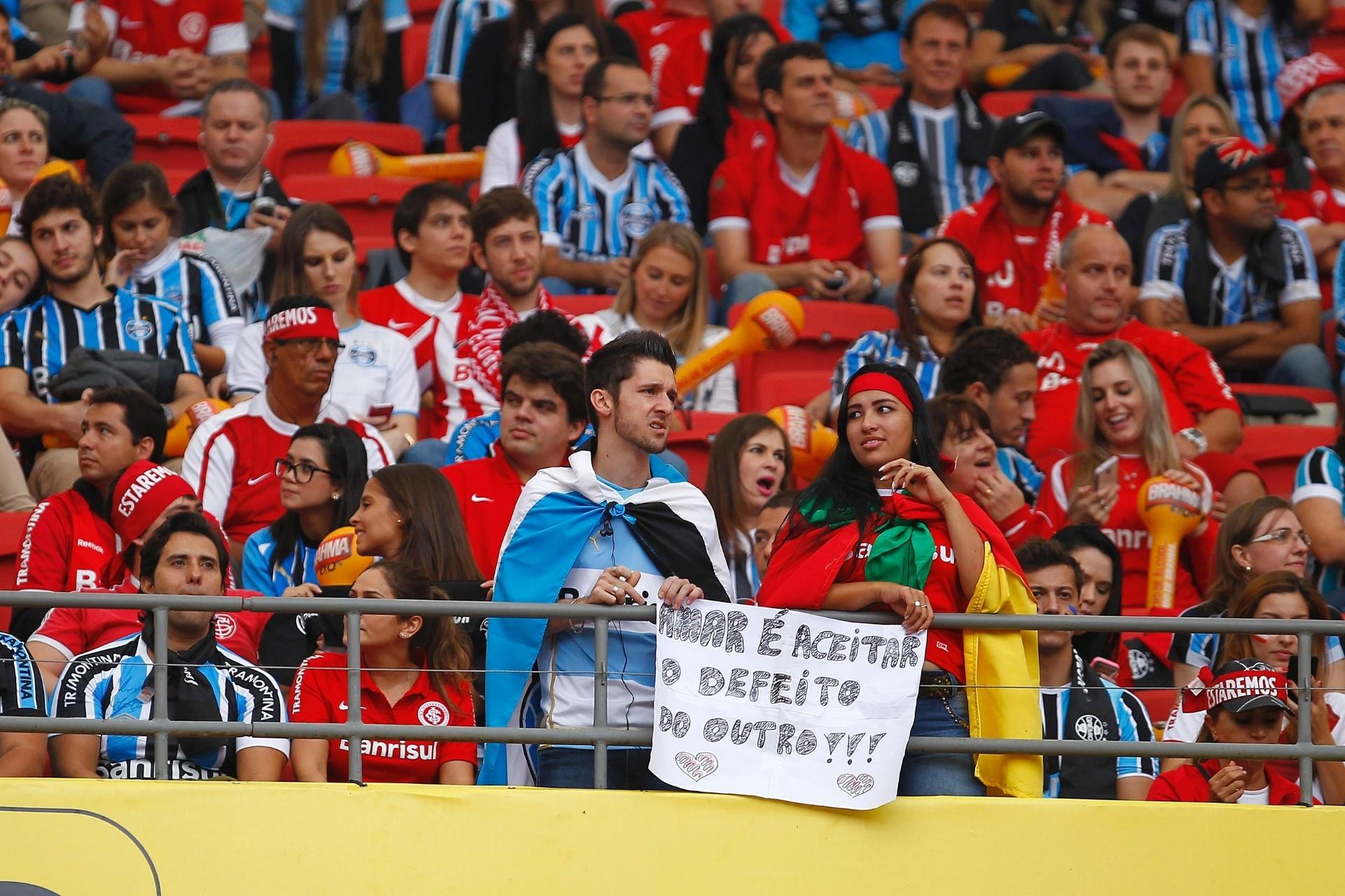 Giuliano comemora gol do Grêmio no Gre-Nal que decide o Campeonato Gaúcho 93cfdb736421d