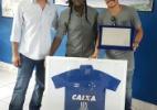 A caminho do Palmeiras, Willian ganha homenagem em último dia no Cruzeiro