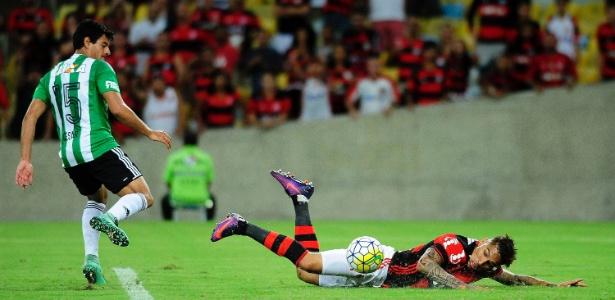 Clube grande, como o Flamengo, não pode achar bom o ano em que perdeu tudo