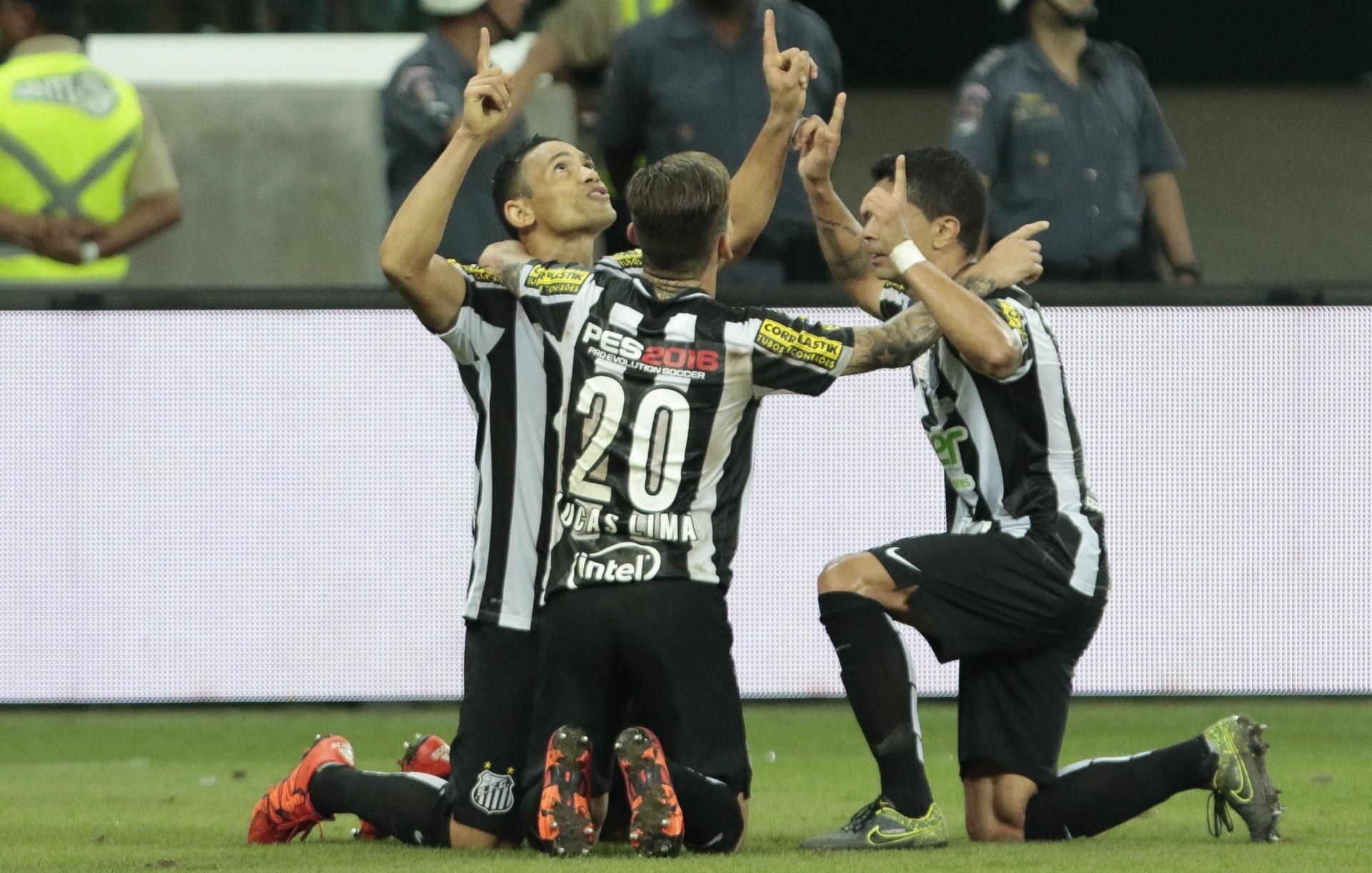 Ricardo Oliveira, Lucas Lima e Renato: nenhum dos três religiosos estará presente no jogo de logo mais, no Mineirão.