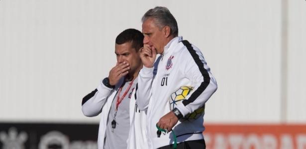 Antes de viajar para o Rio, Tite treinou normalmente o Corinthians