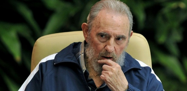 Resultado de imagem para Fidel Castro morre aos 90 anos