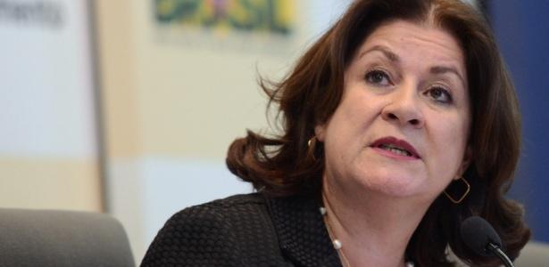 A ministra do Planejamento, Miriam Belchior, explica o Projeto de Lei Orçamentária Anual para 2014