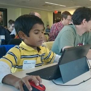 Mohamed Tariq Jaffar Ali tem apenas oito anos de idade, mas já faz sucesso como desenvolvedor de aplicativos para smartphones