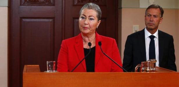 Membro do Comitê Nobel da Noruega anuncia o Quarteto de Diálogo Nacional, da Tunísia, como ganhador do Nobel da Paz de 2015