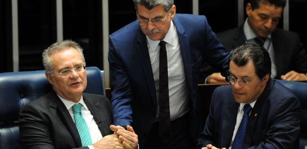 Os senadores Renan Calheiros (à esq.), Romero Jucá (centro) e Eduardo Braga