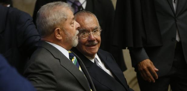Os ex-presidentes da República Luiz Inácio Lula da Silva e José Sarney durante a cerimônia de posse da ministra Cármen Lúcia